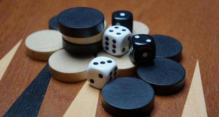 Running game Strategy in Backgammon